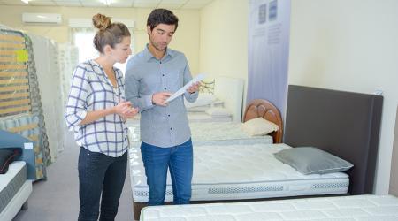 Как выбрать удобный матрас для двуспальной кровати