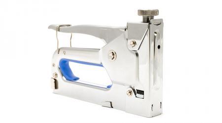 Как выбрать мебельный степлер