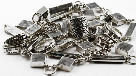 Почистить серебро от черноты в домашних условиях