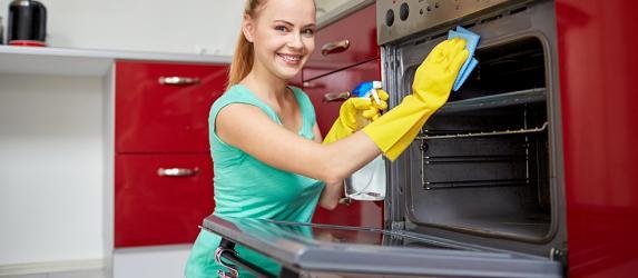 Как легко очистить духовку
