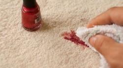Как отстирать лак для ногтей с одежды быстро и без следов