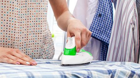 Как правильно гладить рубашку с длинными рукавами