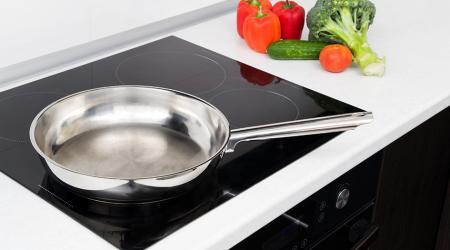 Индукционная варочная панель для кухни: критерии выбора и правила эксплуатации