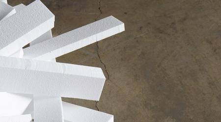 Как склеить пенопласт: технология и материалы