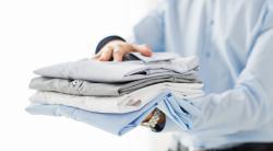 Как складывать рубашку, чтобы она не помялась в шкафу или в чемодане